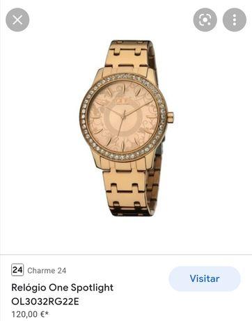 Relógio One dourado como novo