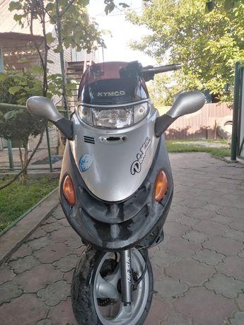 Максі скутер 150