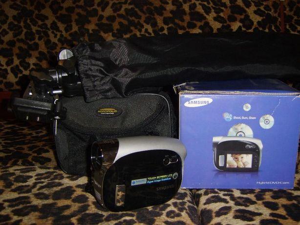 Видеокамера Samsung VP-DX10
