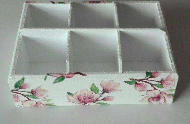 Pudełko z 6 przegrodami, przybornik na kosmetyki, przybornik biurowy