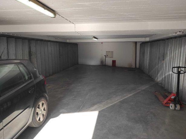 Garagem  Tapada das Mercês