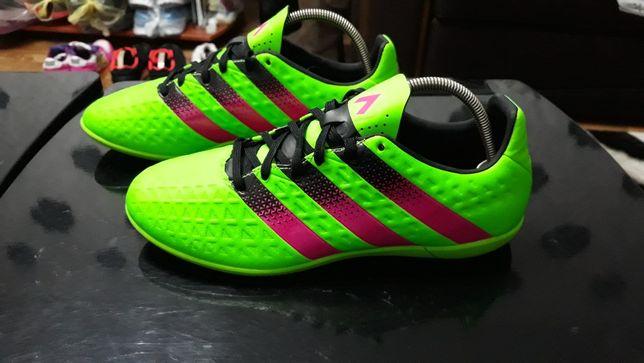 Футзалки, кроссовки Adidas 38-39 р