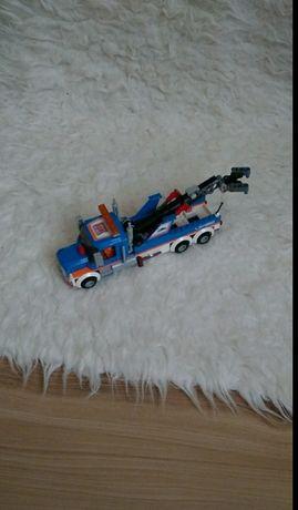 Sprzedam ciężarówkę LEGO SERVIS