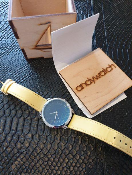 Женские наручные часы новые