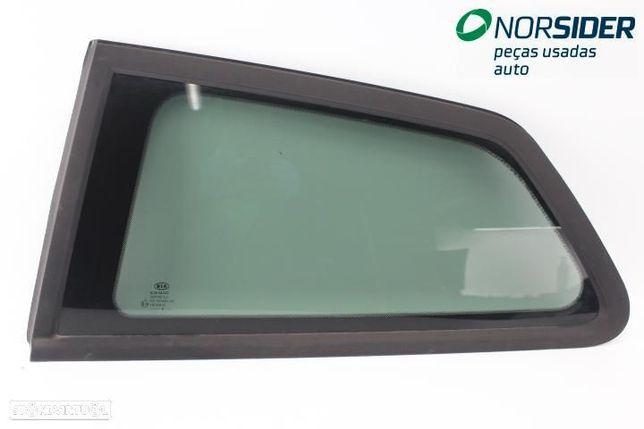 Vidro fixo painel lateral 1 esq Kia Ceed S Coupe|07-10