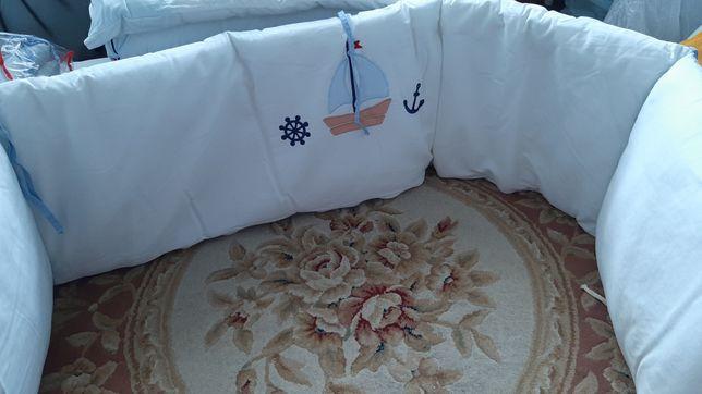 Захист в ліжечко бортики