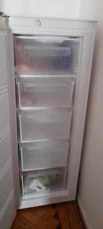 Vendo congelador vertical