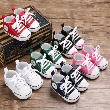 Модные детские кеды для самых маленьких