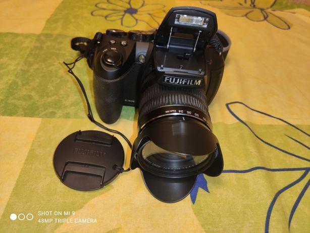 Фотокамера Fujifilm FinePix HS25EXR