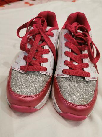 Butorolki, buty jeżdżące, buty z rolką r 35 perłowy róż, brokat (22,5)