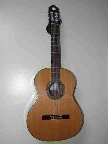Guitarra Classica Alhambra 3C como nova. com Saco