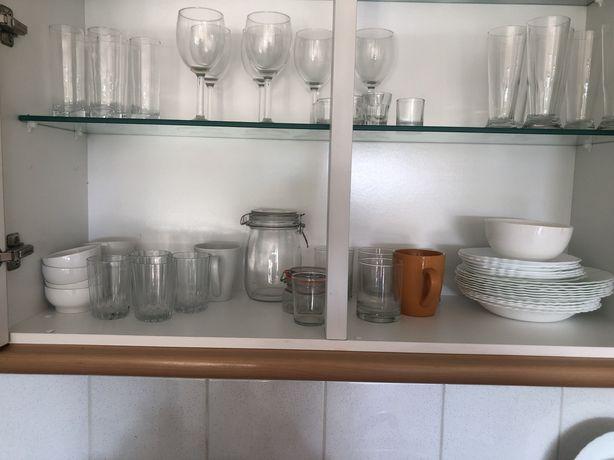 Mobilia de cozinha completa
