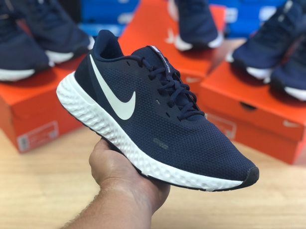 Кроссовки Nike Revolution 5 ОРИГИНАЛ BQ3204-400 б/у идеал