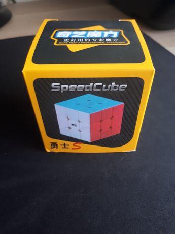 Cubo Mágico 3x3 Qiyi Warrior S