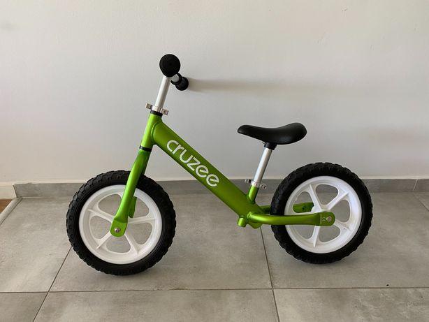 Leciutki rowerek biegowy cruzee zielony