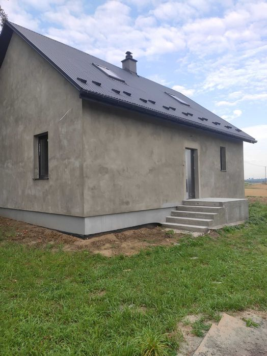 Dom po remoncie do wykończenia Bejsce - image 1