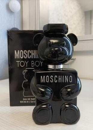 Moschino Toy Boy, 100 ml. Оригинал.