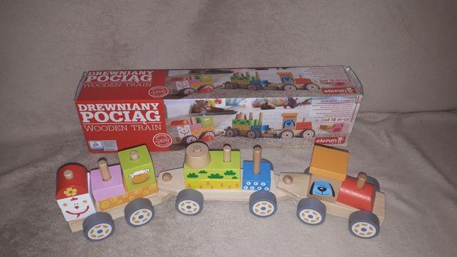 Drewniany pociąg firmy Elefun Toys