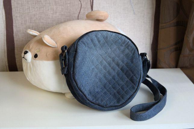 Джинсовая круглая сумочка ручной работы