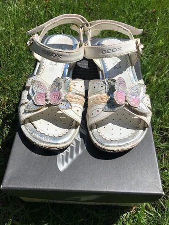 Продам детские кожаные босоножки для девочки Geox р-р 30
