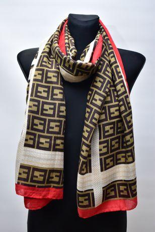Nowy szalik w stylu Fendi