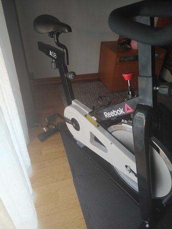 Bicicleta spinning Reebok