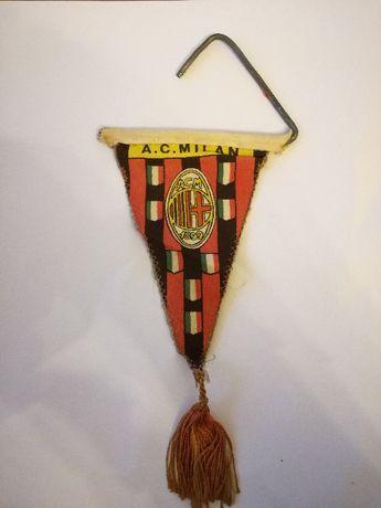 Galhardete AC Milan campeão europeu 1963.