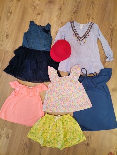 Zestaw dla dziewczynki r. 116 /6 sztuk / sukienki bluzki