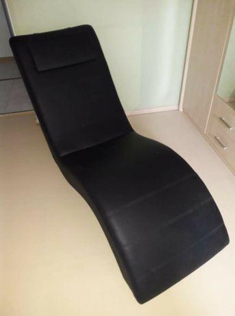 Fotel czarny rekreacyjny