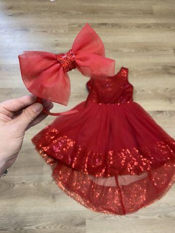 Нарядное красное платье из фатина