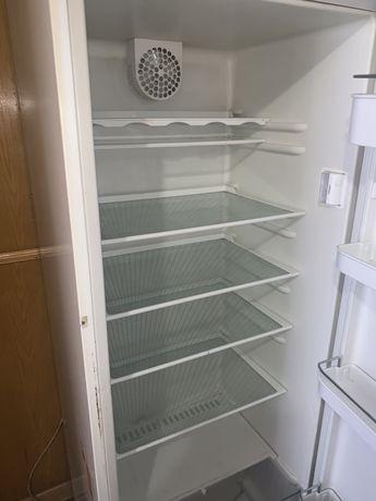 Холодильник BOSH coller