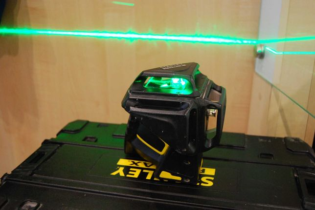 Laser Stanley FatMax X3G Green Beam Multi-Line FMHT1-77356/Lombard