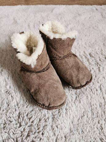 Niechodki buciki buty Emu