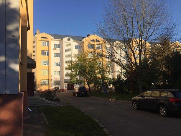 Спальний район міста, квартира з ремонтом. RK
