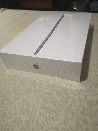iPad 32 Wi-Fi 32gb (8th gen.)