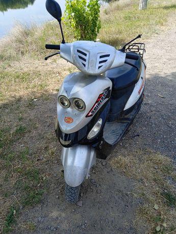 Скутер spaider 50
