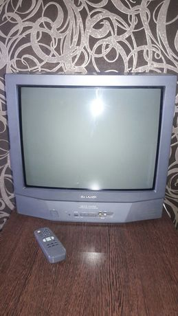 Телевизор SHARP.