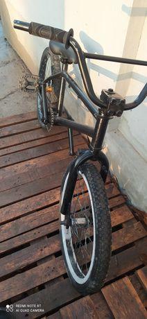 Велосипед для трюків