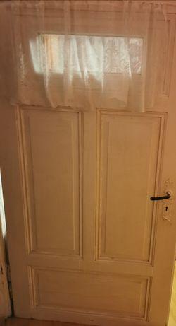Drzwi antyk z szybą