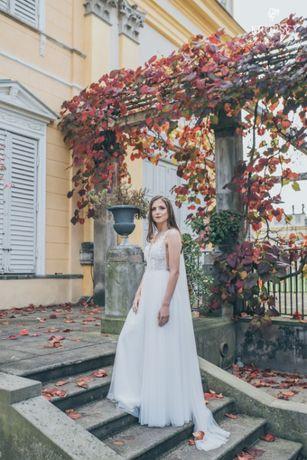 Suknia Ślubna z salonu ,,Tylko Ona'' Monica Loretti- model delfina