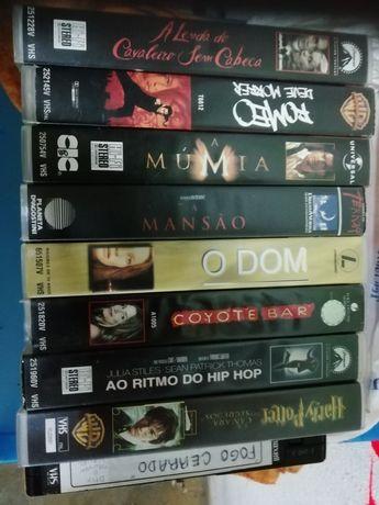 Vários filmes em DVD e VHS
