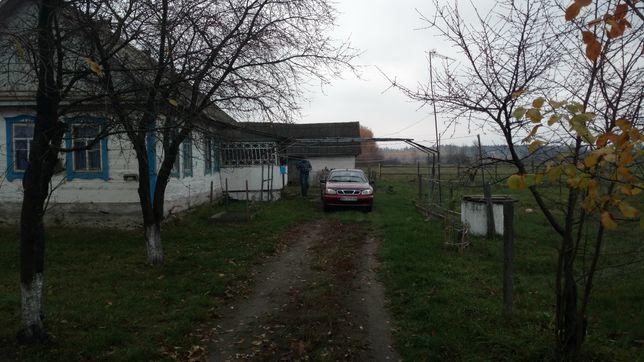 Продам дом в 100 км от Киева