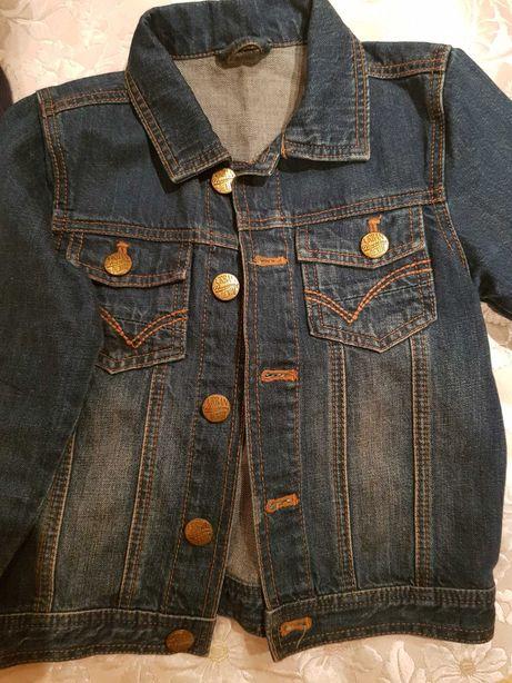 Продам джинцовую курточку фирмы mothercare на 3-4года.