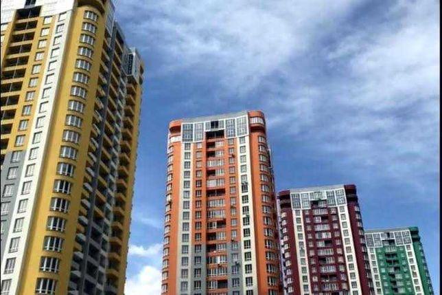 Продам просторную 1-комнатную квартиру в новом доме на Каховской 60