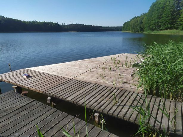 Dom letniskowy nad jeziorem własny pomost i łódka, w lesie