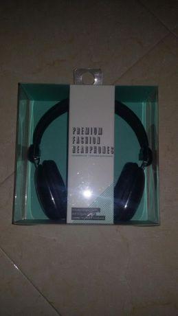 "Headphones ""novos"""