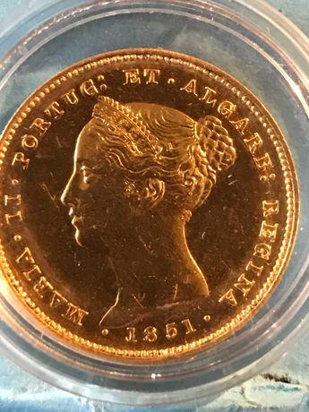 """Vendo moeda de 5.000 Reis em ouro de 1851  """"D.ª maria II"""""""