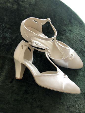 Sandałki do ślubu