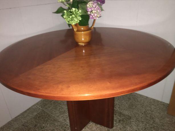 Mesa de reunioes escritorio ou de cozinha URGENTE DESOCUPAR
