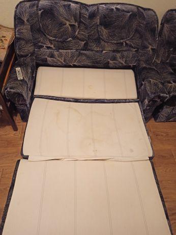 Продам комплект диван и кресло